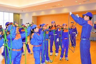 少年消防団:結索訓練