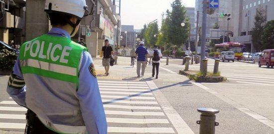 歩行者保護の徹底 ゼブラ・ストップ作戦