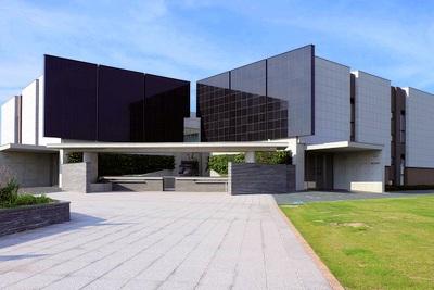 完成した浦安市墓地公園複合霊堂