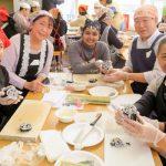 和食作り体験交流会 留学生や高校生ら33人が参加