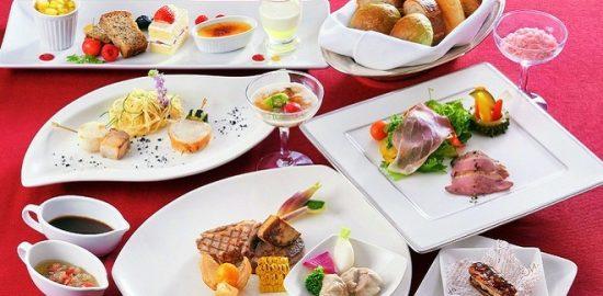牛に豚、鶏に羊と、 さまざまな肉料理を堪能 ホテルオークラ東京ベイ