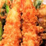 うらじょグルメ(12) カウンターで揚げたてが 味わえる天ぷら専門店  天悟(てんさと)