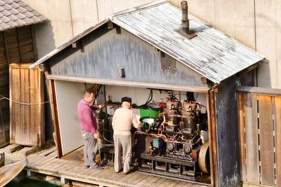 焼き玉エンジン