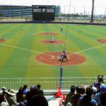 野球ファンで賑わう イースタン開幕戦