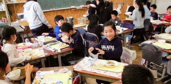 全国学校給食週間 給食に「べか焼きそば」